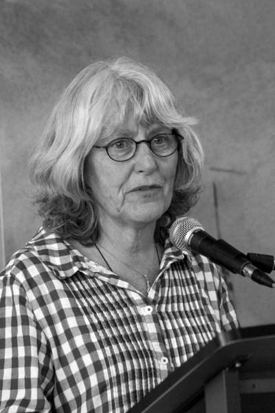 Rebecca Bilkau2