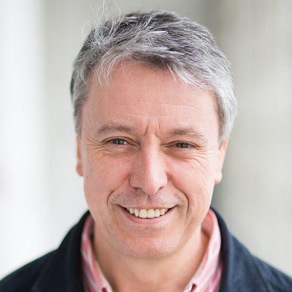 Jonathan Davidson Headshot - Kendal Poetry Festival 2021 Poet