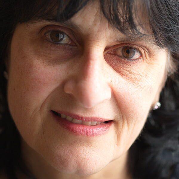 Moniza Alvi Headshot - Kendal Poetry Festival 2021 Poet